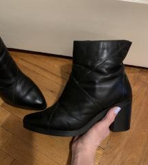 Crne kozne cizme 40