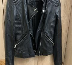 Crna kozna jakna Zara