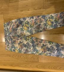 Italijanske cvetne pantalone