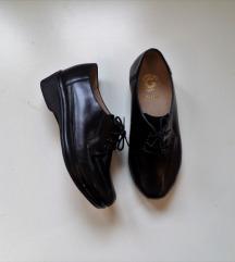 Grubin cipele 35 (23cm) Novo