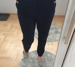 Lindex pantalone rezervisano