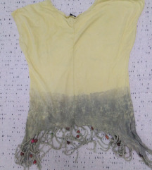 Svetlo žuta majica s resama