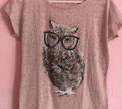 Siva i roza majica