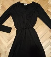 Crna haljina na prekop