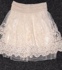 Suknja čipkana vel.10  NOVOOO