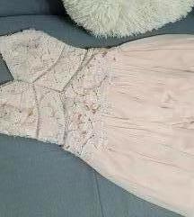Roze haljina sa čipkom