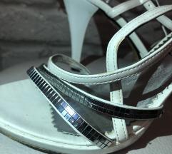 Sandale bele
