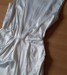 Nova bela satenska haljina sa etiketom