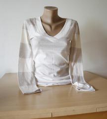 Bluza na strafte svetlih boja