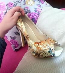 Cvetne cipele