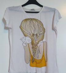 *LETNJA* majica sa prelepim printom L