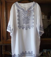 Nova Batik bela tunika sa etiketom SNIZENO
