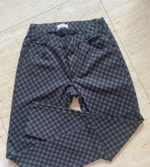 Karirane pantalone helanke S-M