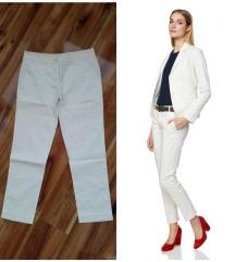 BENETTON  bele pantalone-kao nove vel. M
