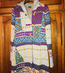 Vuneni džemper/kaputić