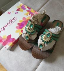 Grendha Ivete Sangalo papuce na punu petu NOVE
