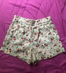 Vintage cvetni šorts