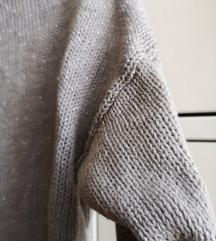 MANGO svetlucavi džemperak