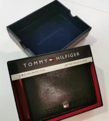 Tommy Hilfiger kozni novcanik SNIZENO NA 4300