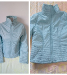 Svetlo plava jakna sa zipovima