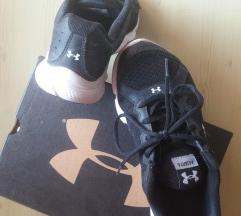 Under Armour patike 36.5