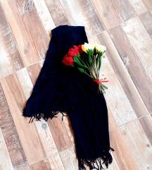 Velika crna marama
