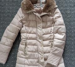 Lepa krem zimska jakna