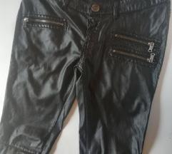 Prelepe rokerske pantalone