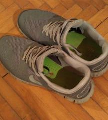 Nike Run sive br.40