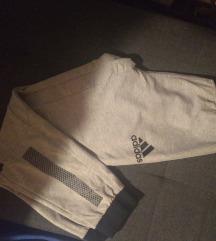Snizeno 1300!!!Adidas trenerka original