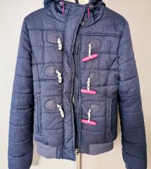 Superdry jesenja jakna, udobna i topla