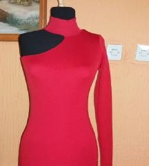 Crvena tegljiva haljina