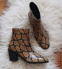 SINSAY SNAKE print ankle boots br.41