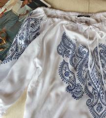 COLLOSEUM bela bluza Nova sa etiketom