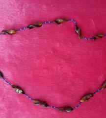 Ogrlica od skoljkica