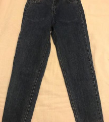Pull & Bear mom jeans -SNIZENO