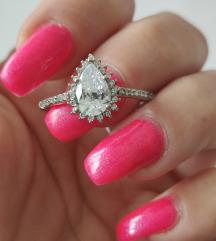 Srebrni prsten sa kamenom NOVO