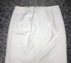 Mango bela suknja