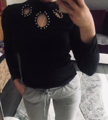 Танка блузица са дугачким рукавима