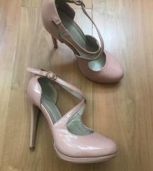 Roze cipele na štiklu