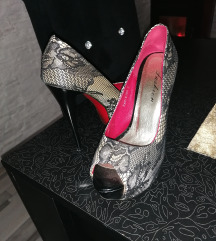 Sa cipkom