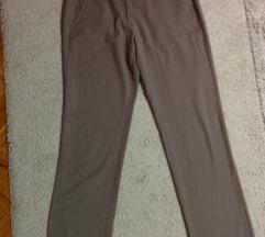 Sive pantalone Beneton br.40