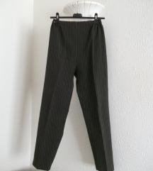 Maslinasto zelene elegantne pantalone
