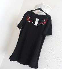 Nova crna bluza sa aplikacijom SA ETIKETOM