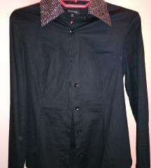 Lepa crna košulja