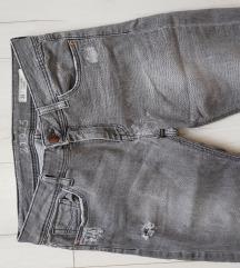 Zara sive pantalone