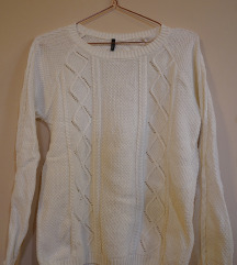 STRADIVARIUS beli džemper