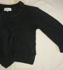 Džemper sa širokim rukavima