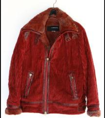 Crvena somot jakna , kao nova