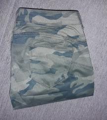 Calliope maskirne pantalone M